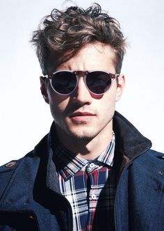 Stylish Messy Hairstyle for Men