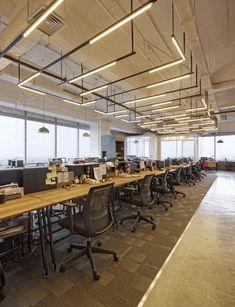 Open Office Lighting Design 38 New Ideas Corporate Office Design, Business Office Decor, Corporate Interiors, Office Interiors, Corporate Offices, Modern Offices, Business Ideas, Open Office, Cool Office Space