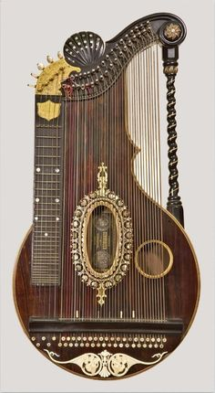 Alpine Zither - c. 1920. Franz Schwarzer workshop | Washington, Missouri | National Music Museum, University of South Dakota