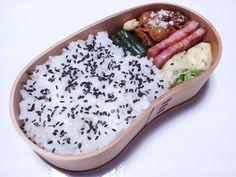 2012年09月20日(木) ひよこ豆とかをミートソースで煮たん,ベーコン,ししとう・チーズちん,きゅうり糠漬け,胡麻塩掛けご飯