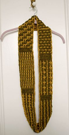 Layers of Texture Infinity Scarf Crochet-a-Long with Underground Crafter and Crochet Guild of America (CGOA) - Part 2: Divider Rows and Horizontal and Vertical Stitch - in Lion Brand Heartland