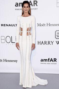 Recopilamos todos los looks de las protagonistas de la alfombra roja de la gala AmfAR fiesta más glamourosa del festival de Cannes 2016.