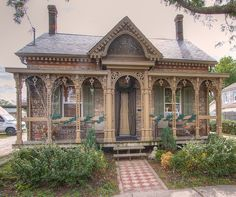 I ♥ this house and drive by it all the time. The Crystal Cottage - 35 Chatham Street, Brantford, Ontario . Victorian Cottage, Victorian Homes, Folk Victorian, Victorian Conservatory, Beautiful Buildings, Beautiful Homes, Victorian Architecture, Cabins And Cottages, Woman Painting