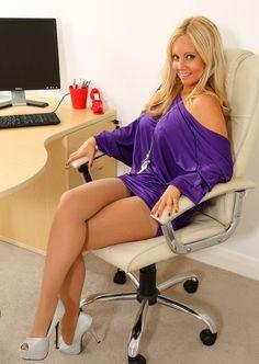 Join Pantyhose Dating  http://pantyhosedating.co.uk/