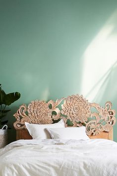 Anthropologie Handcarved Lotus Bed With nods to traditional flora found in Myanmar, this handcarved bed is a piece to build a room around Hanging Furniture, Unique Furniture, Shabby Chic Furniture, Shabby Chic Decor, Bedroom Furniture, Furniture Ideas, Furniture Nyc, Outdoor Furniture, Farmhouse Furniture