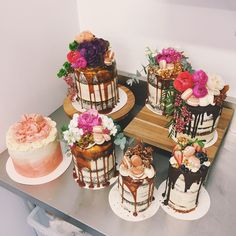 Tome naked cakes