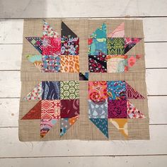Well it's not a quick block but it sure is pretty #scrappybearpawquilt | Flickr - Photo Sharing!