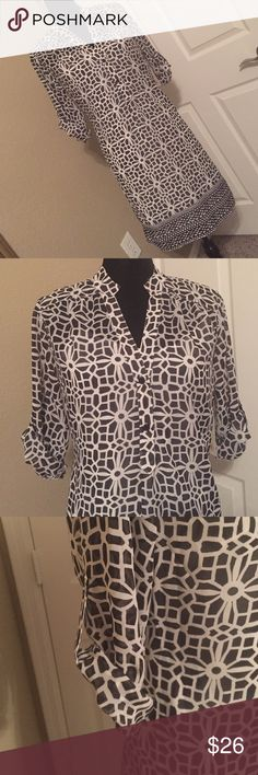 """Print shirt dress Never worn. No tags. Fully lined. Great print. Cuff button sleeves. Size says S but fits more like a M. Optional belt (if I can find it😬) 20"""" armpit/armpit around 34"""" long Dresses Midi"""