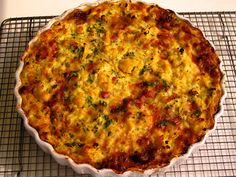 Cauliflower and Ham Crustless Quiche : minus the ham and use good old cheddar cheese and this will be a great budget meal!