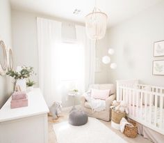 Baby Zimmer Ideen, Mädchen Kinderzimmer Ideen, Kinderzimmer Ideen, Kinderzimmer Ideen Bauernhaus Informations About 45 Beautiful Baby Girl Nursery Room Ideas – Page 17 of 45 … Baby Nursery Decor, Baby Bedroom, Baby Decor, Nursery Room, Girl Nursery, Girls Bedroom, Bright Nursery, Blush Nursery, Room For Baby Girl
