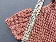 Com Hat Babyklei - Diy Crafts - DIY & Crafts Baby Knitting Patterns, Sewing Patterns For Kids, Knitting For Kids, Knitting Designs, Crochet Eyes, Diy Crochet, Crochet Baby, Tricot Baby, Diy Crafts Knitting