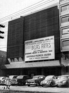 Fachada do entãomaior cinema de arte da América do Sulna época da inauguração em 1967. Acervo Estadão