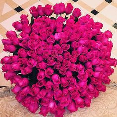 Pinterest @18Redhead Beautiful Flowers Images, Flower Images, Pretty Flowers, Luxury Flowers, Flower Bird, All The Colors, Flower Arrangements, Happy Birthday, Bouquet