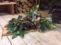 Workshop bloemschikken - Tuincentrum GroenRijk in Rijswijk Merry Xmas, Flower Arrangements, Holiday, Christmas, Succulents, Workshop, December, Wreaths, Flowers