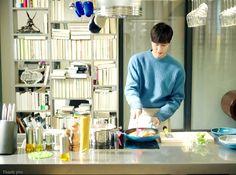 Pin On Kitchen Storage Kitchen Designs Photos, Kitchen Images, Kitchen Pictures, Lee Min Ho News, Kitchen Post, Craftsman Kitchen, Cool Rooms, Kitchen Flooring, Kitchen Storage