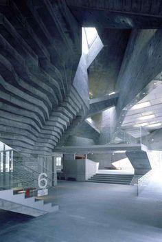 Centro Cívico e Biblioteca de Ofunato.  More here: http://www.archdaily.com.br/67678/centro-civico-e-biblioteca-de-ofunato-chiaki-arai-urban-and-architecture-design/