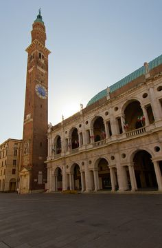 Piazza dei Signori - The Torre di Piazza stands high above Vicenza's Piazza dei Signori and Palladio's Basilica.