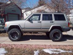 """Jeep XJ 4.5"""" lift 32/11.5/15"""