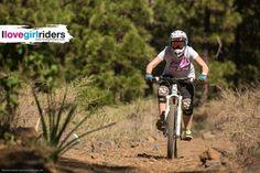 Tina @ La Palma » Rider: Tina Maiwald - Photo: Thomas Dietze / extreme-pics.de - Location: La Palma - #ilovegirlriders #iamagirlrider #ilgr #girlriders #mtb #bmx #downhill #ciclocross #freeride #road #cycling #cyclingwomen #womenscycling