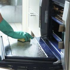 Good tip! How to clean baked-on food from the inside of an oven