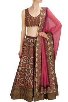 #perniaspopupshop #ethnic #aharin #wedding #clothing #shopnow
