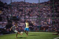 Favela da Rocinha, no Rio de Janeiro  AFP PHOTO / YASUYOSHI CHIBA