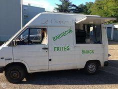 Trafic 1985 Camion snack tout équipé (vasp magasin) ct ok