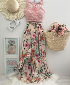 Coisas para usar bela Amo esses modelos 😍 Don't Forget Your Garden When It Comes To Home Insur Skirt Outfits, Chic Outfits, Spring Outfits, Dress Skirt, Trendy Fashion, Girl Fashion, Fashion Dresses, Fashion Design, Look Star