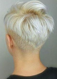 Short Grey Hair, Short Hair Cuts For Women, Short Hair Styles, Edgy Short Haircuts, Haircuts For Fine Hair, Permed Hairstyles, Pretty Hairstyles, Crop Hair, Hair Addiction