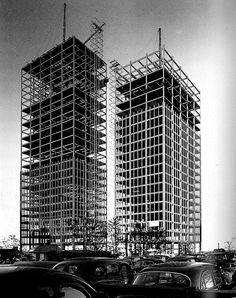 LUDWIG MIES VAN DER ROHE    LAKE SHORE DRIVE APARTMENTS UNDER CONSTRUCTION, 1950