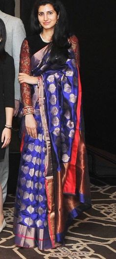 Love this combination for a kancheevaram sari.. Colorful yet elegant.. !