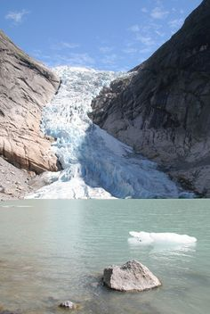 Via 10 Places to Visit in Norway - Briksdalsbreen