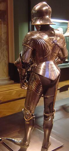 Extant 15th Century German Gothic Armour -- myArmoury.com