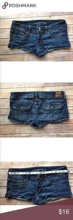 American Eagle Stretch Short Jeans Size 8 It has some distress by the thigh area, but other than that they look good. Please take a good look at the picture for the distress. American Eagle Outfitters Shorts Jean Shorts