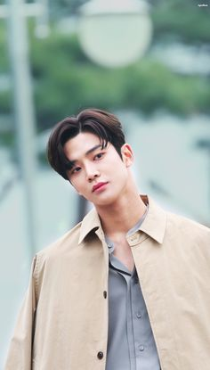 rowoon - rowoon + rowoon wallpaper + rowoon boyfriend + rowoon cute + rowoon wallpaper aesthetic + rowoon aesthetic + rowoon extraordinary you + rowoon boyfriend material Cute Actors, Handsome Actors, Kpop, Sf 9, Kdrama Actors, Golden Child, Asian Boys, Most Beautiful Man, Lee Min Ho