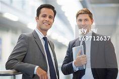 Recherche - Getty Images FR: business men portrait, Deux personnes
