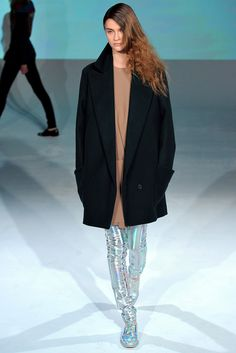 Chalayan Fall 2012 Ready-to-Wear Fashion Show - Carla Gebhart