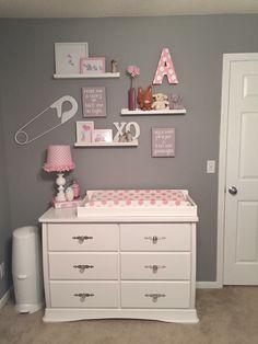 Gray and Pink Nursery: 40 Photos to Inspire- Quarto de Bebe Cinza e Rosa: 40 Fotos para Inspirar Gray and Pink Nursery: 40 Photos to Inspire -