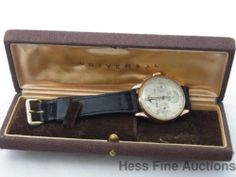Scarce 18k Rose Gold Universal Geneve Tri Compax Moonphase Date Chronograph
