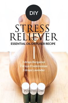 Diffuser (often requires water for the machine) is the most convenient way to reap the benefits of essential oils. You can fill any room in your home or even your office with your favorite scent using a diffuser. Read on to learn 3 more ways you can use Chamomile Essential Oil, Rose Essential Oil, Best Essential Oils, Essential Oil Diffuser, Essential Oil Blends, Stress Relief Essential Oils, Stress Relief Tips, Diy Natural Beauty Recipes, Diy Beauty