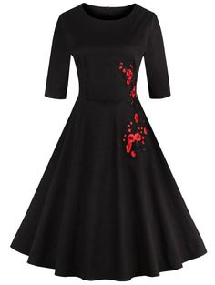 $13.28 Retro Style Round Neck Floral Embroidery Dress For Women