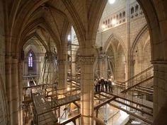 Interior de la Catedral de Santa María. Abierto por Obras. Vitoria-Gasteiz