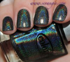 Color Club Holo in Beyond
