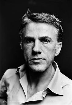 Christoph Waltz gives me the vapors, he's so dreamy (in an old-enough-to-be-my-dad-George-Clooney sort of way).