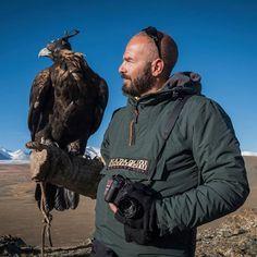 Cacciatore e la sua aquila? Solo un fotografo e la sua X-T2 Fujifilm Italia Napapijri World Photo Hunter