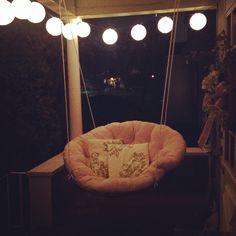 Most comfortable swing EVER. DIY papasan porch swing.
