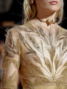 detailingthedetails: Valentino haute couture fall/winter 2015-2016