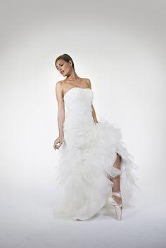 Felicita Design: Bridal Dress, Wedding Gown, Silk, Swan, Brautmode, Brautkleid, Seide, Schwanensee  www.felicita.de