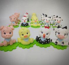 Ideas Cupcakes Decoration Animals Polymer Clay For 2019 Pastel Cupcakes, Flower Cupcakes, Cupcake Flower Bouquets, Fondant Baby, Fondant Cupcakes, Fun Cupcakes, Fondant Animals, Clay Animals, Wedding Dress Cupcakes