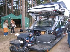 """The elaborate camera rig for an awesome scene in """"Children of Men"""""""